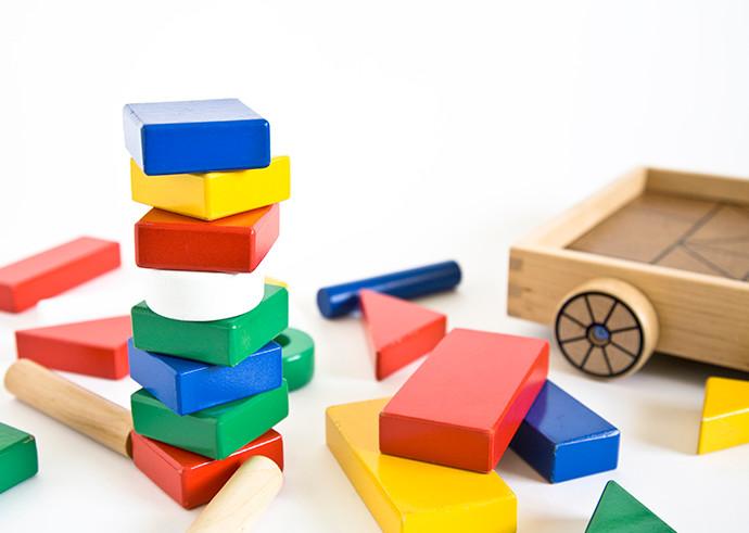 エンジェルコスモは創造力のある子を育みます